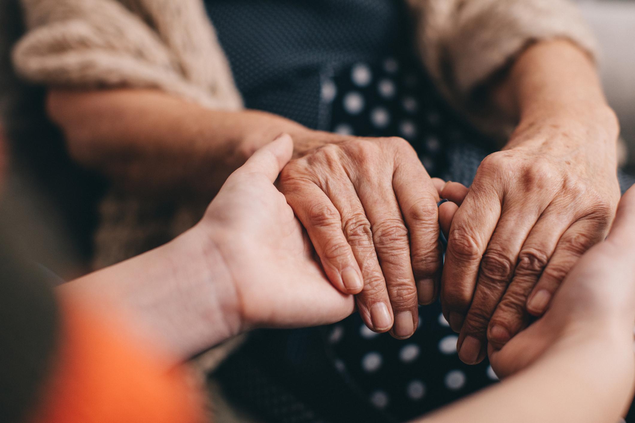 Aider un proche à faire face au deuil
