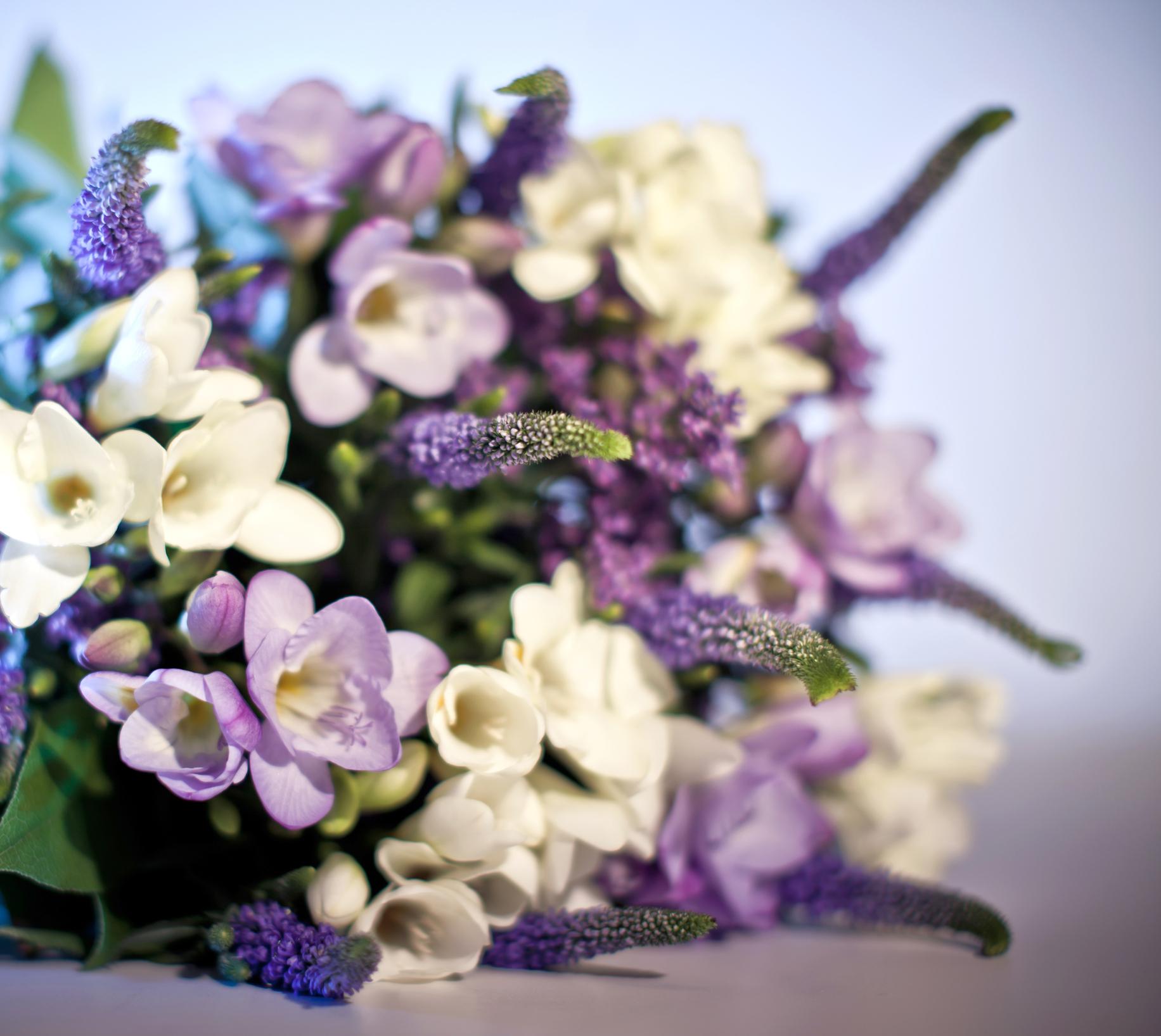 Comment bien choisir les fleurs pour des funérailles