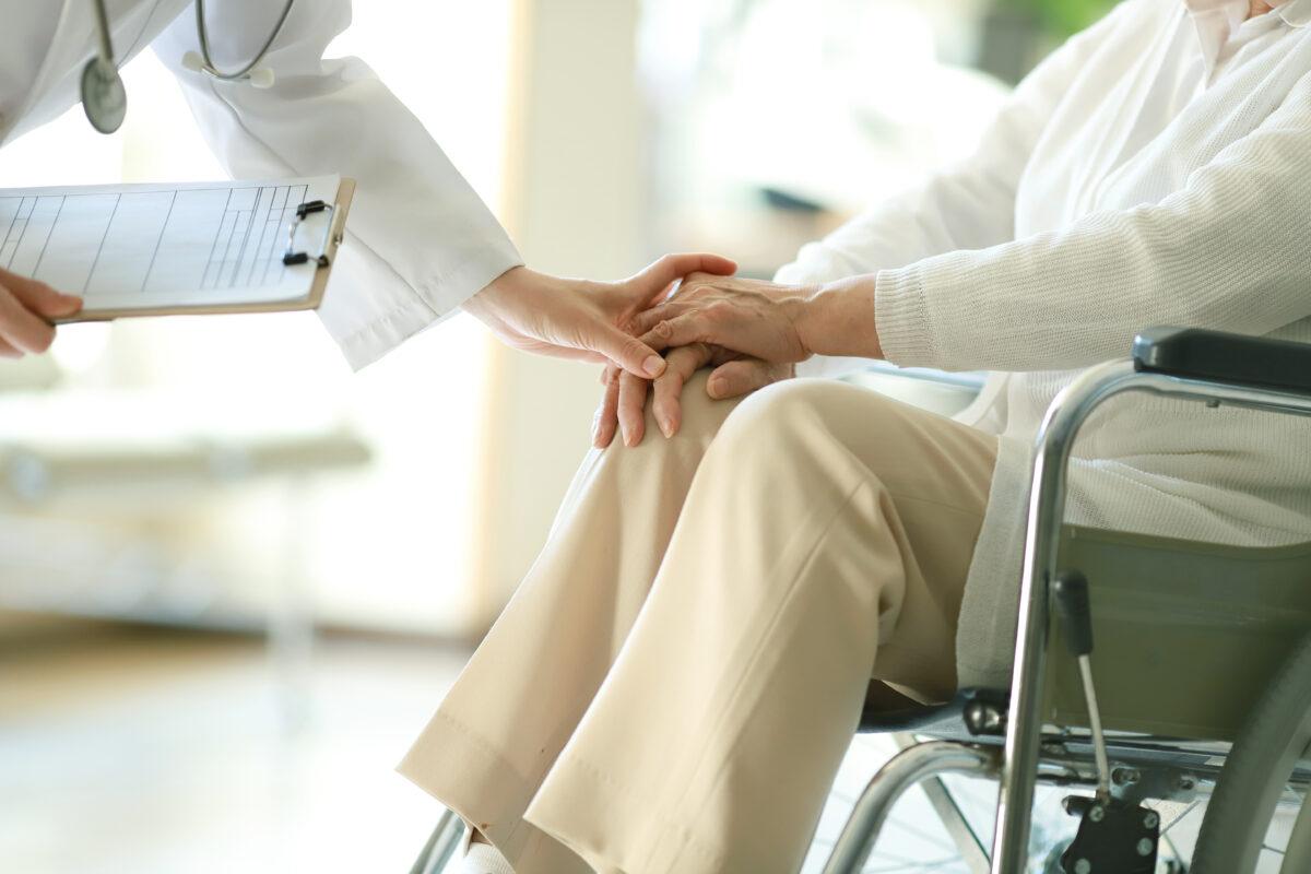 senior : les 7 examens de santé à passer dès 60 ans