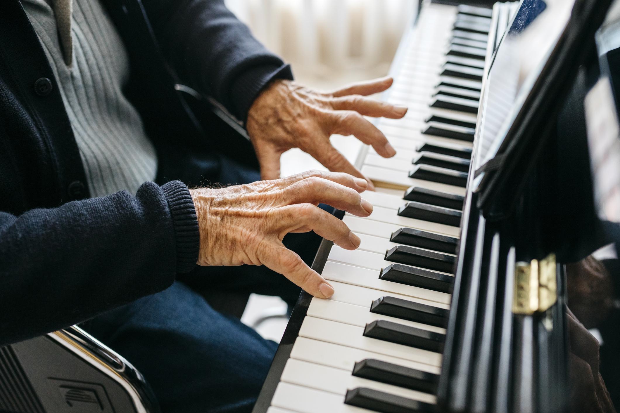 les activités manuelles pour personnes âgées